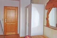 Zimmer1_2OG_002
